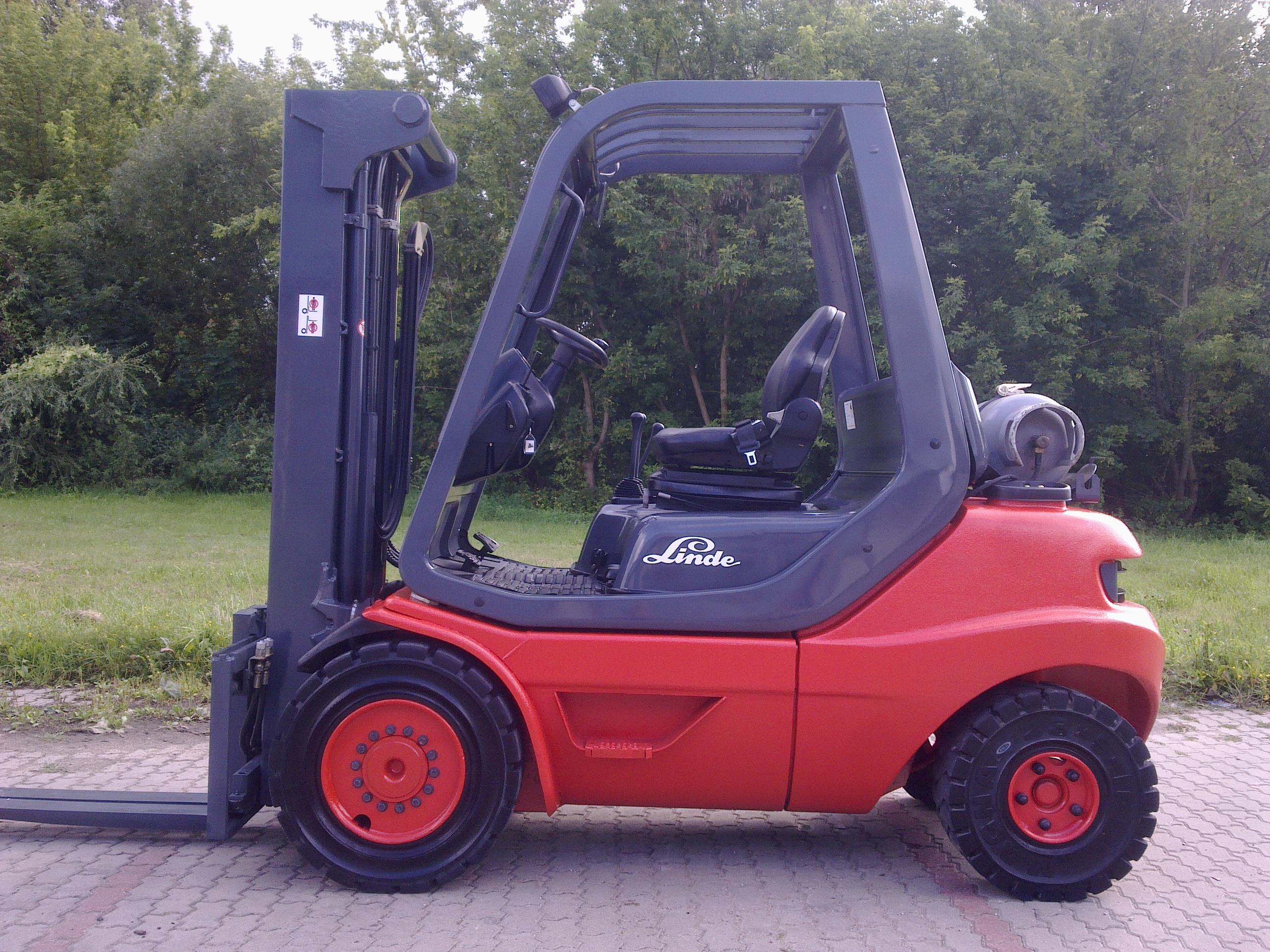 Linde H30T, 2W320, półkabina, przesuw, 2002r.